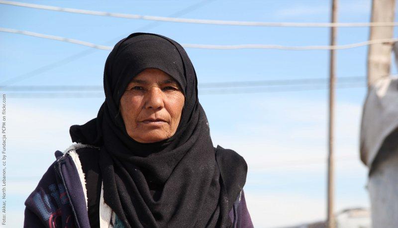 Vertriebene syrische Frauen im arabischen Fernsehen